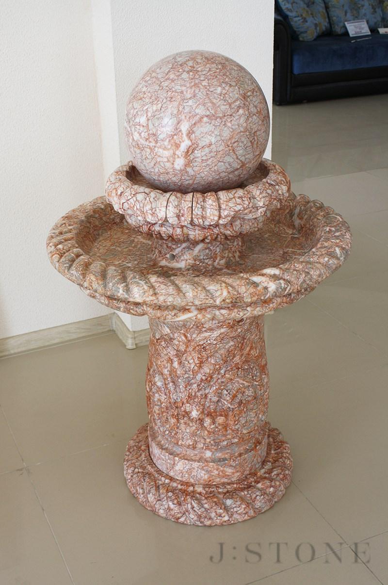 Напольный фонтан из гранита 70×70×130 см